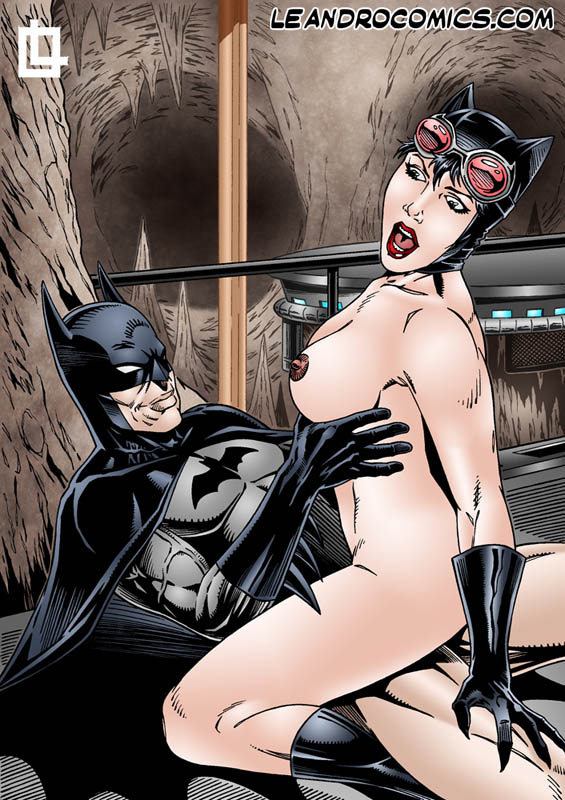 batman naked and hunted by catwoman